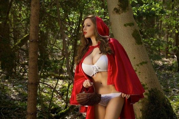 Эротические приключения на опушке леса
