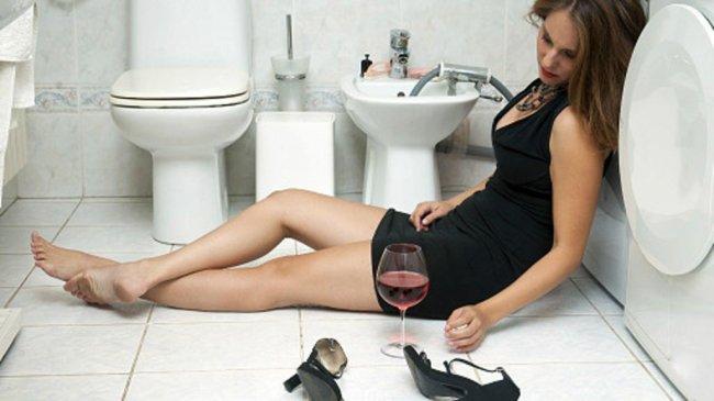Трудности женского похмелья...