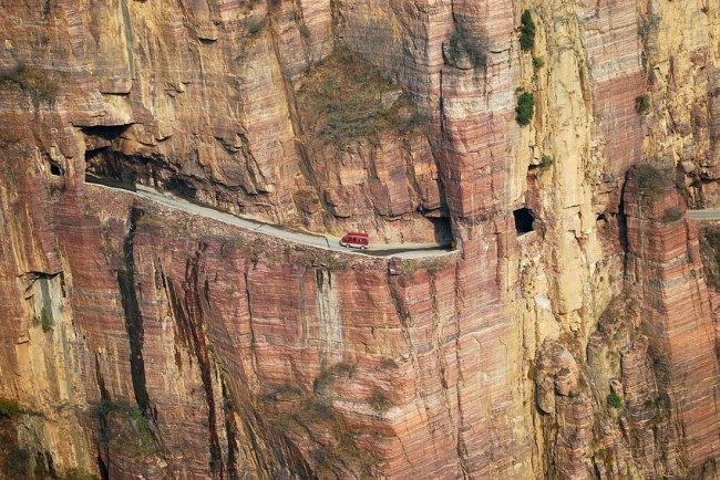Десять самых опасных дорог в мире.