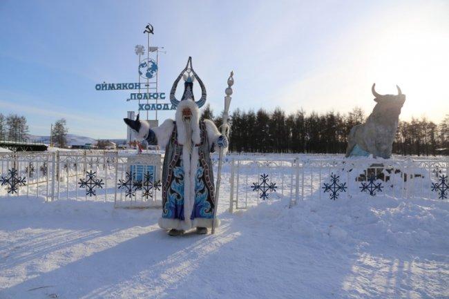 Сдаем все явки самых необычных Дедов Морозов России.